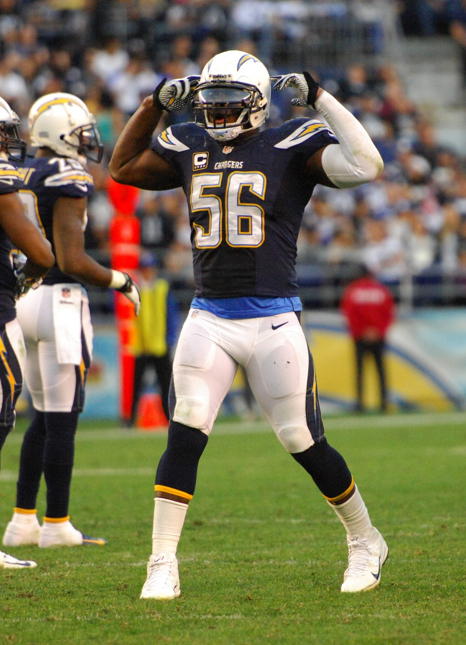 Chargers Re Sign Donald Butler