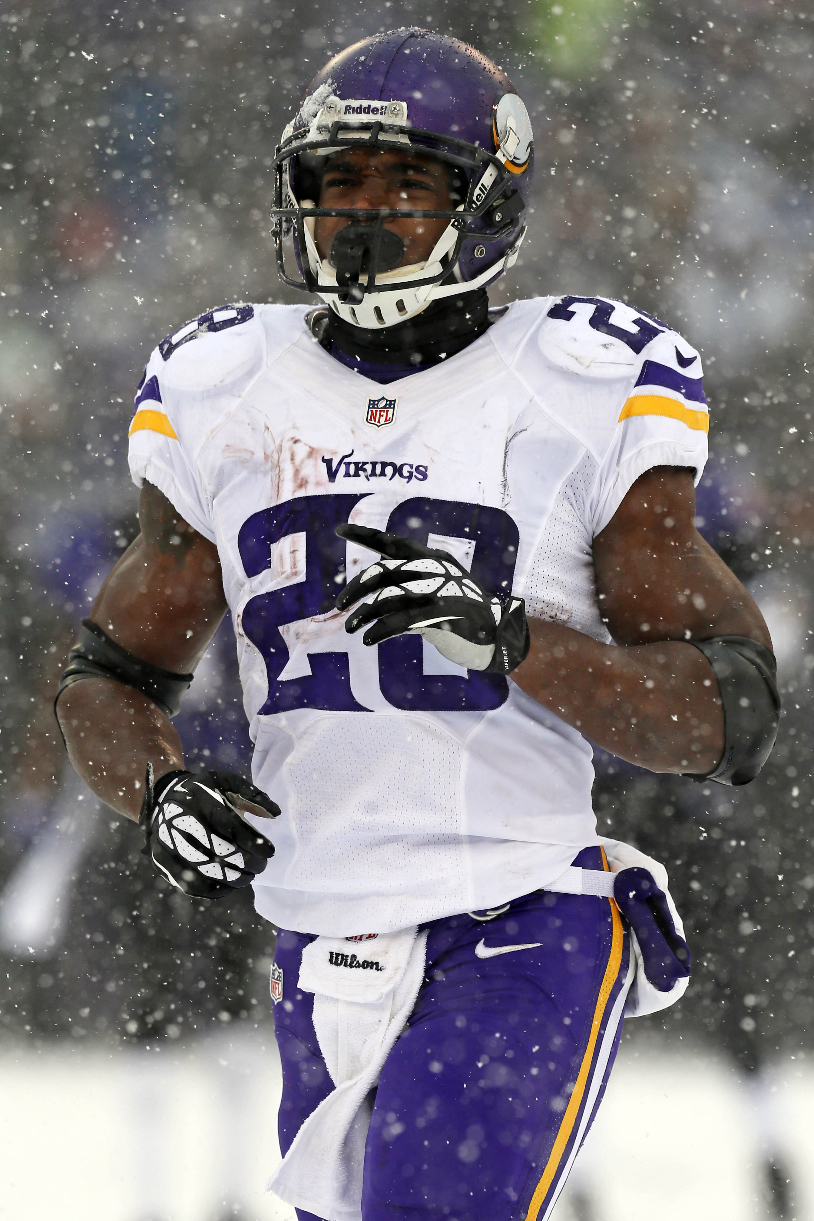 Vikings Officially Activate Adrian Peterson