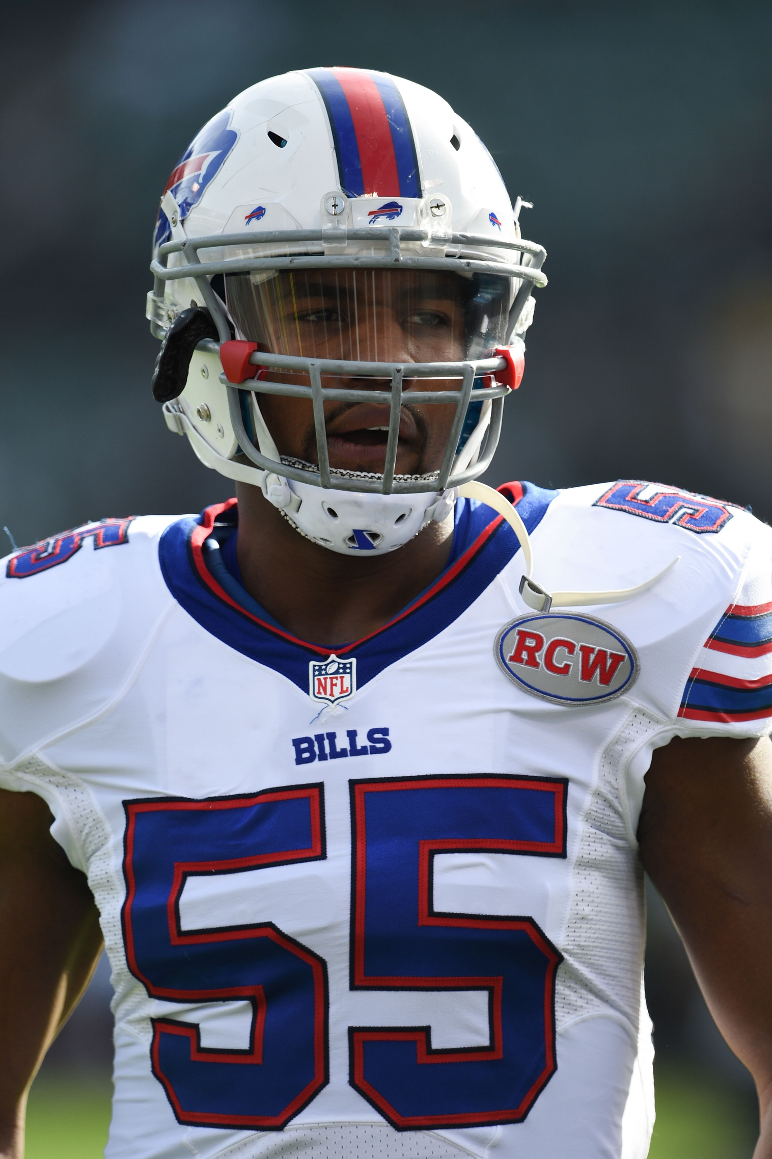 sports shoes 4b711 989d6 Bills To Sign Jerry Hughes To Extension