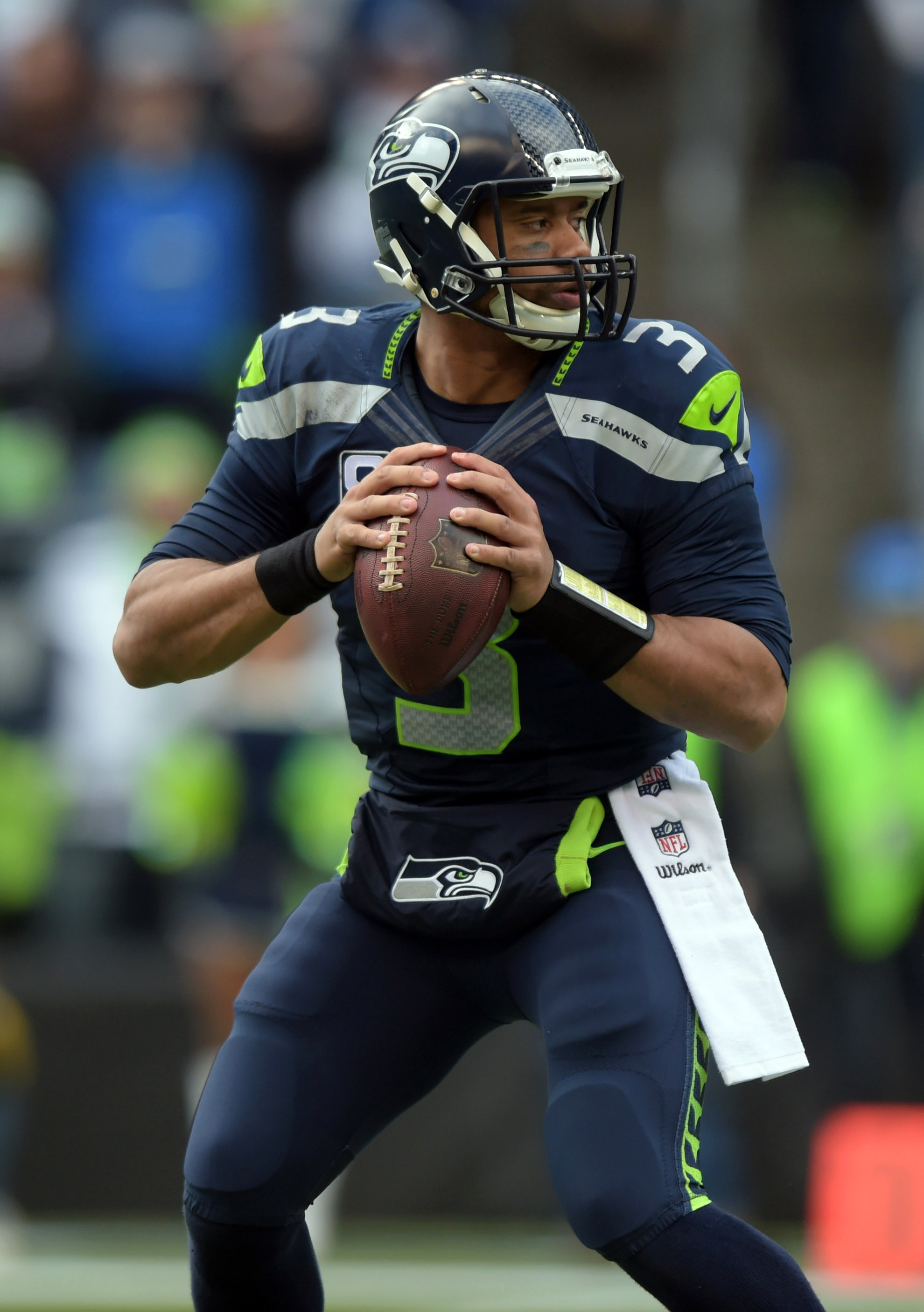 Details on russell wilson 39 s new deal with seahawks - Seahawks wallpaper russell wilson ...