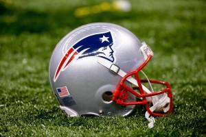 New England Patriots general helmet (Featured)