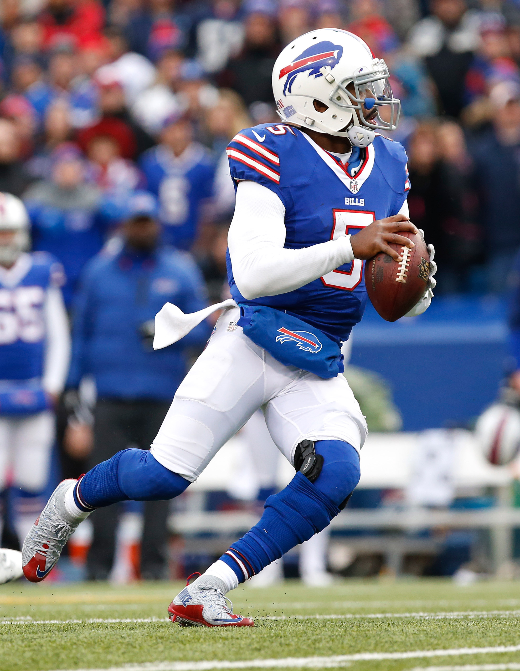 bills exploring extension for tyrod taylor. Black Bedroom Furniture Sets. Home Design Ideas
