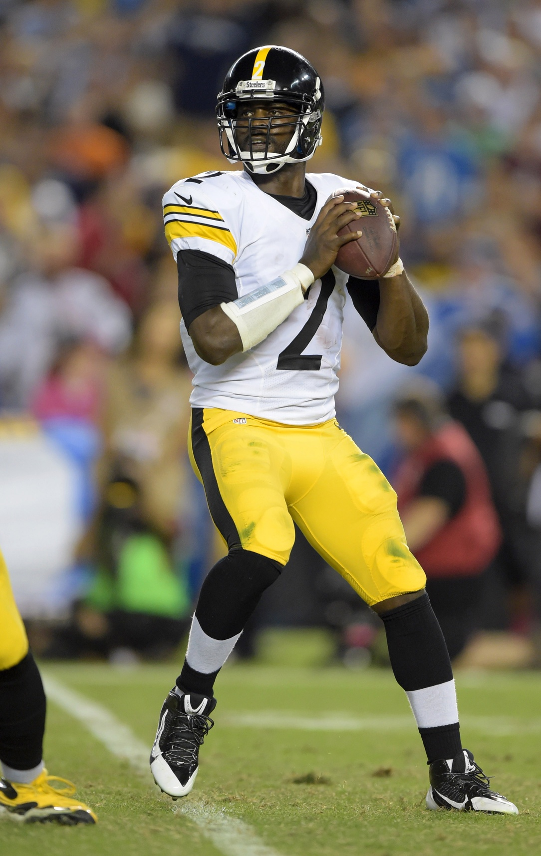 pretty nice b95f3 4ca4c Michael Vick Admits NFL Career Is Likely Over