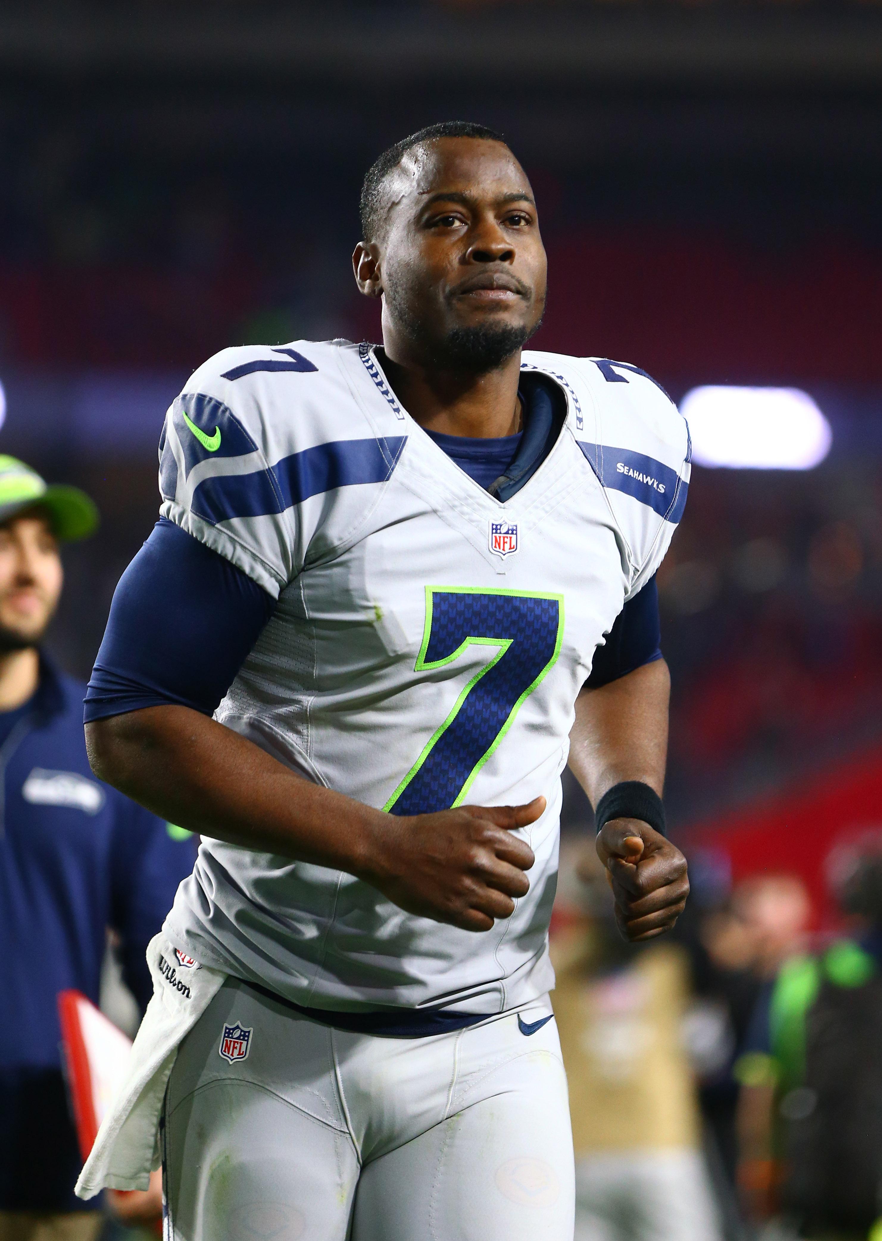 Former NFL QB Tarvaris Jackson Passes Away