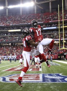 Roddy White/Devin Hester (vertical)
