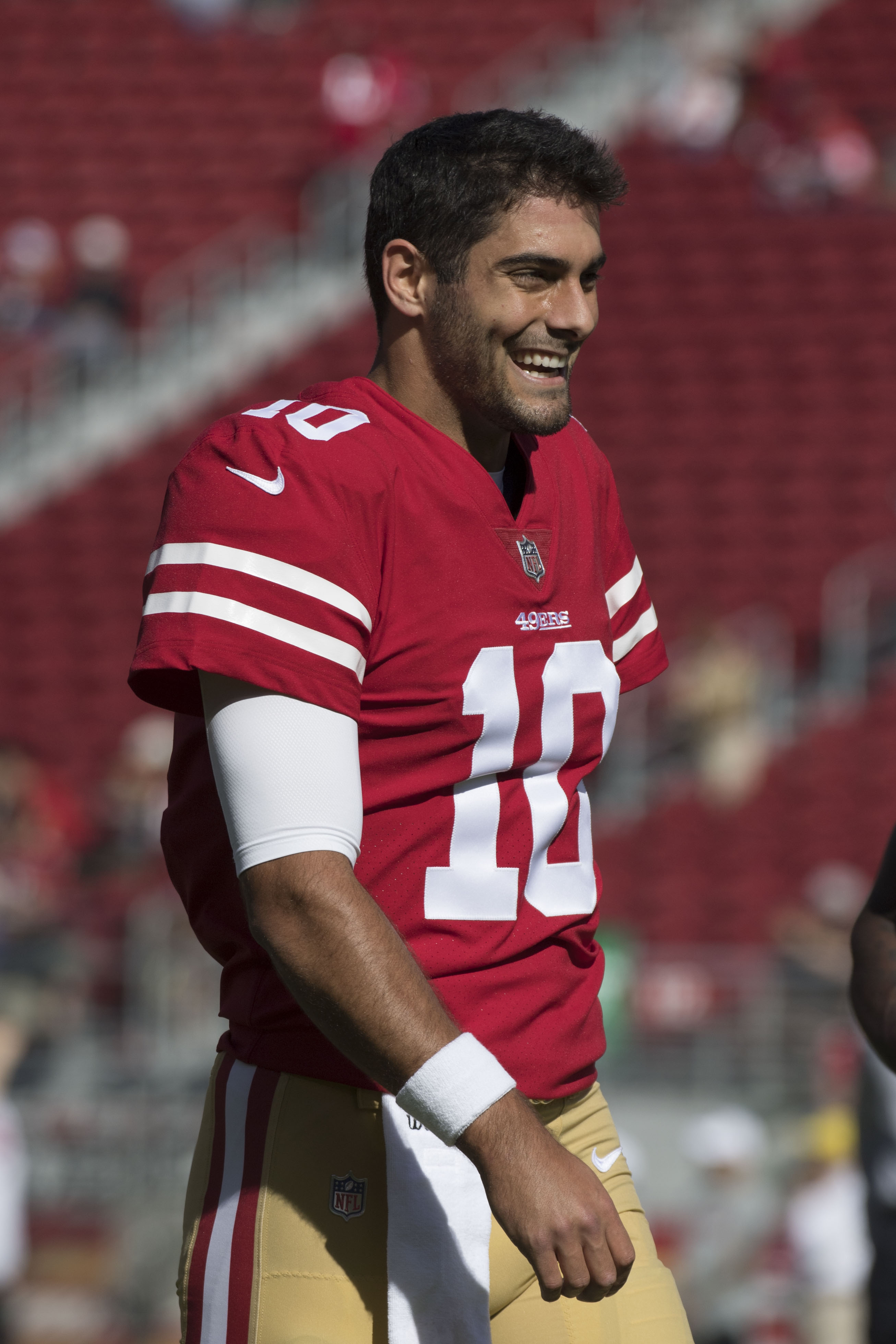 263af689e68 The Niners will place Garoppolo on injured reserve