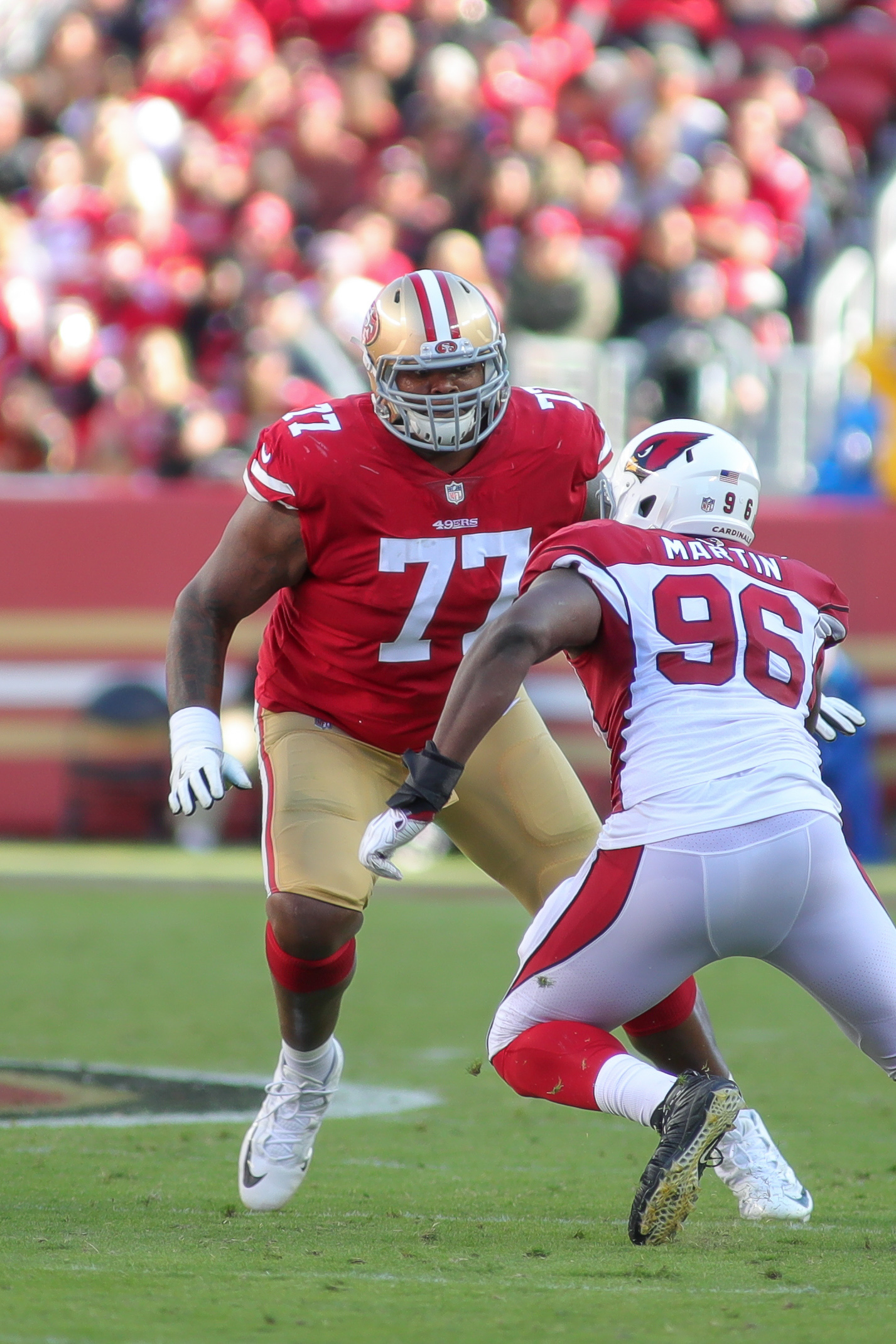 buy online c9ec5 c3c93 49ers Trade OT Trent Brown To Patriots