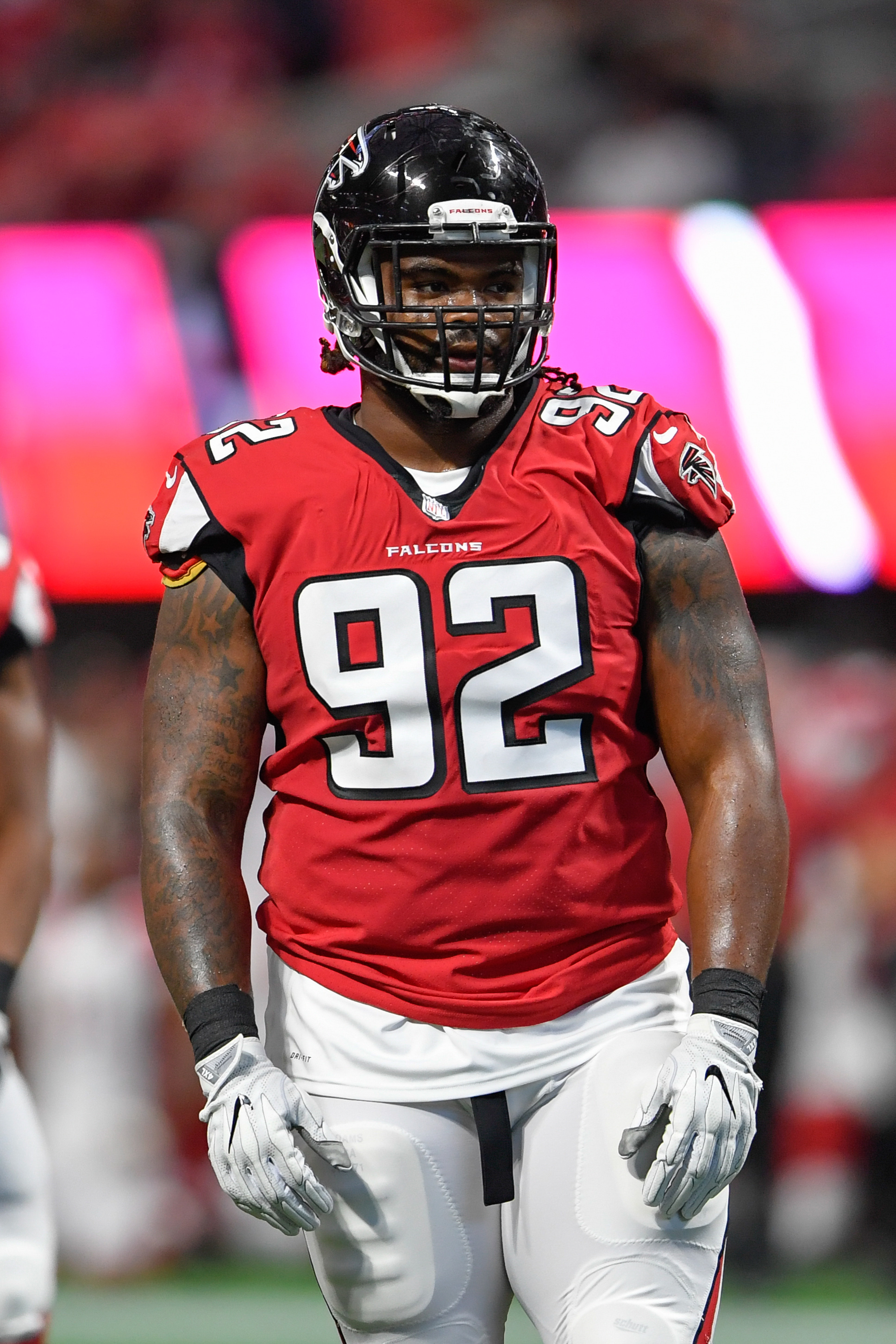 08c463f8d Panthers To Sign Dontari Poe