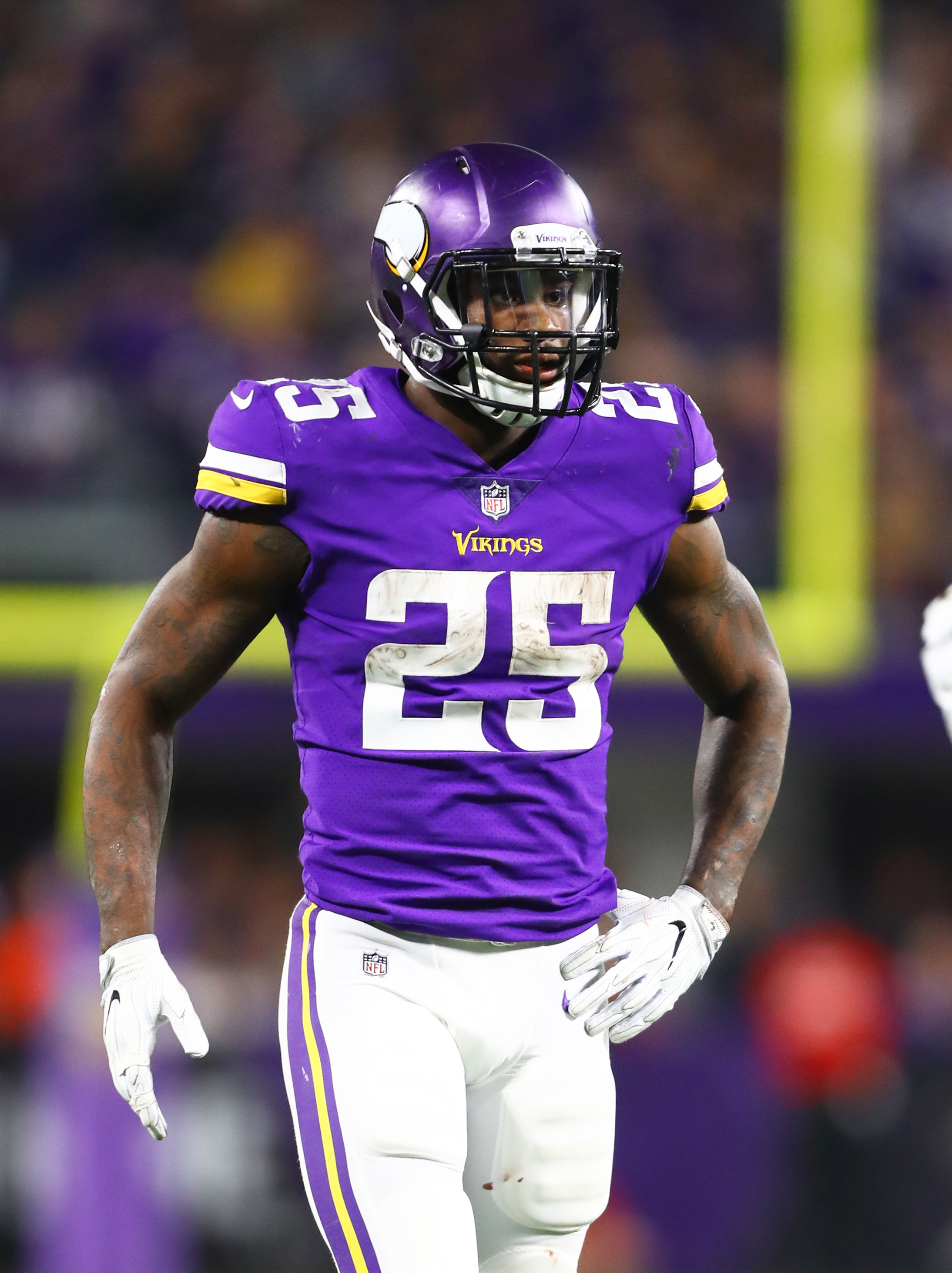 huge discount eab9b d93d9 Vikings Looking To Restructure RB Latavius Murray's Deal