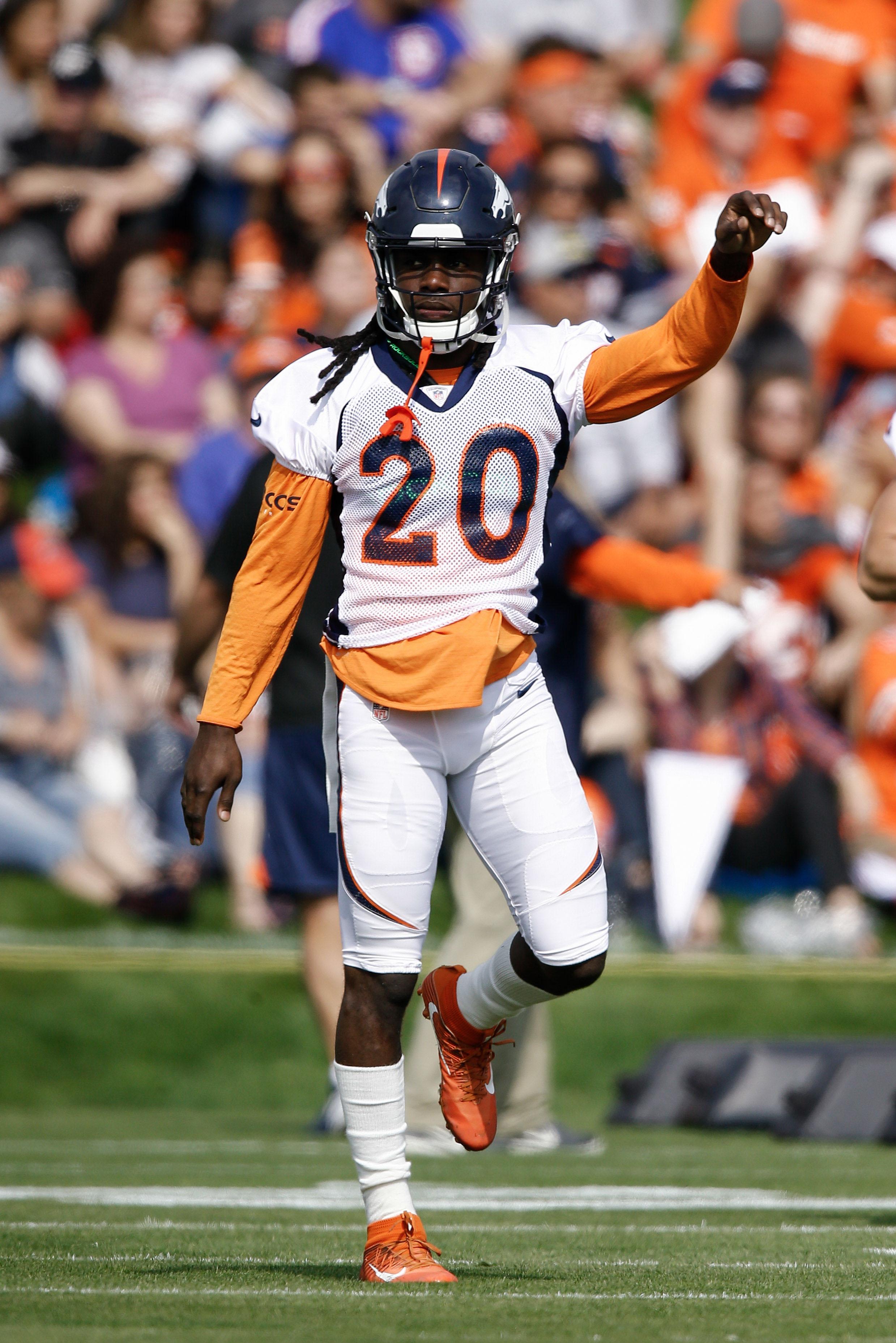 the best attitude 1aa95 c5ca8 Broncos' Jamal Carter Done For Season