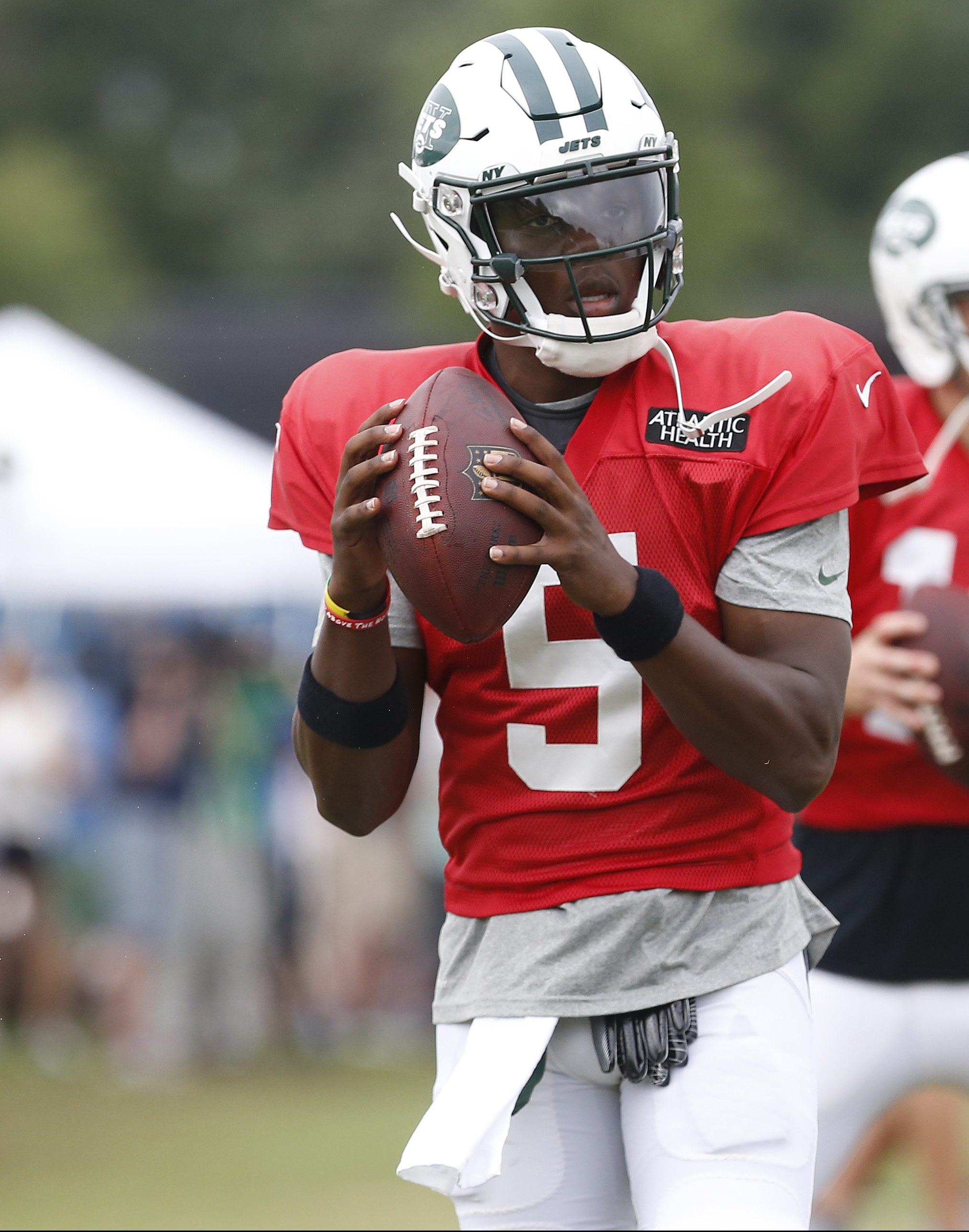 check out aac43 f65ce Jets Mulling Teddy Bridgewater Trade