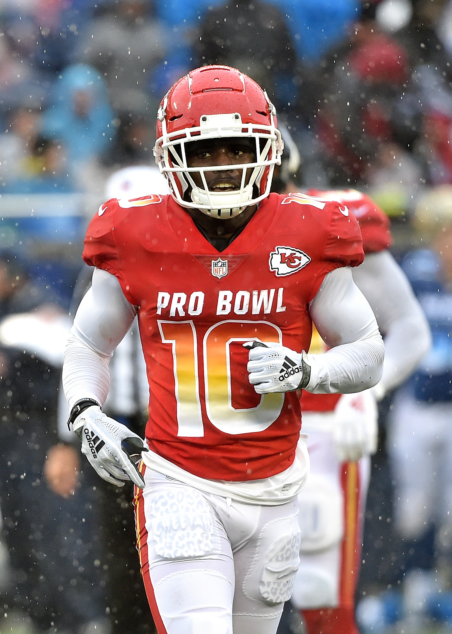 outlet store e6fe9 f60ce No Suspension For Chiefs' Tyreek Hill