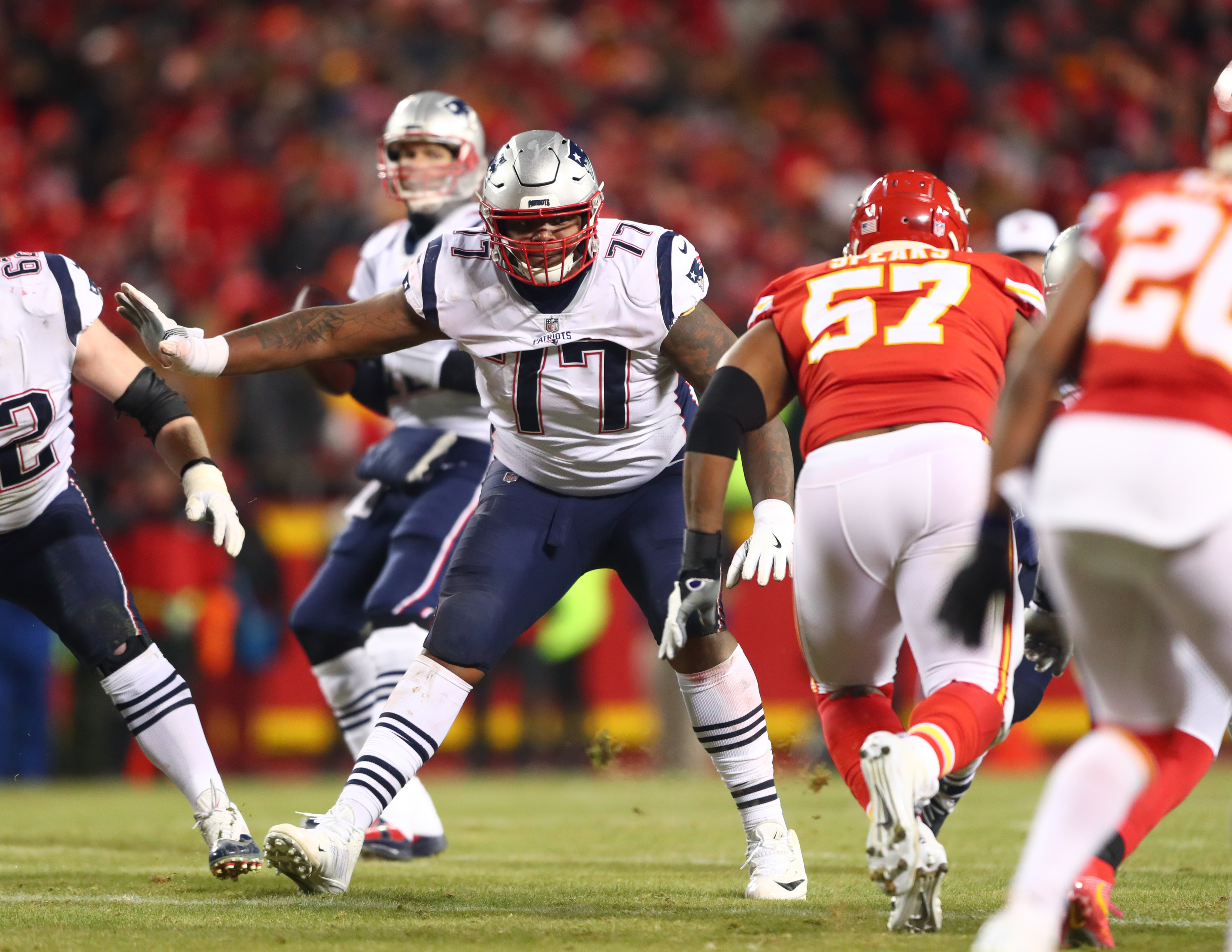 5392a610fdf Brown had an excellent platform season in his first (and likely final) year  with the Patriots in 2018, starting all 19 regular and postseason games for  New ...